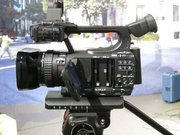 Canon XF300 HD Professional Camcorder (PAL)